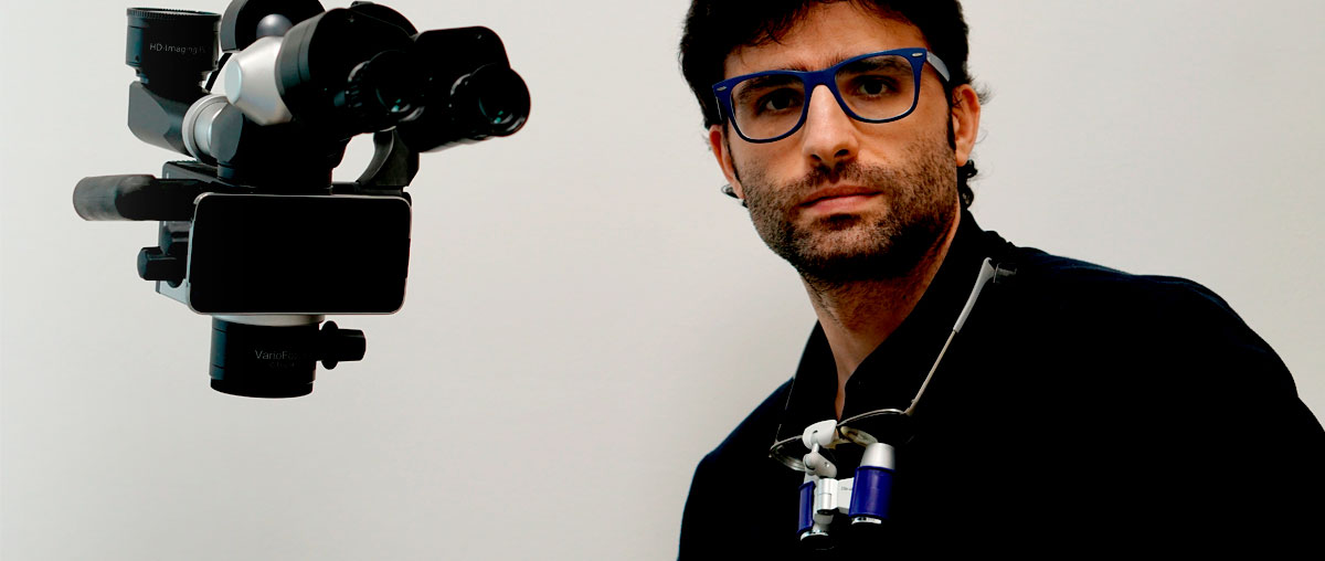 Entrevista a Pedro Seisdedos: el microscopio es una potente herramienta de comunicación con el paciente